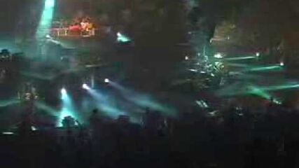 Enter Sandman (Detroit, MI - 2004)