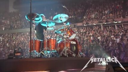The Memory Remains (Live - Edmonton, Canada) - MetOnTour