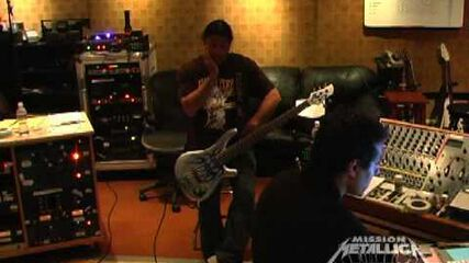 Fly on the Wall Clip (August 27, 2008)