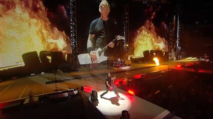 Moth Into Flame (Chicago, IL - June 18, 2017)